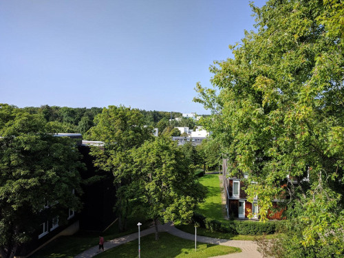 Photo from the top of the roof of the oecumenic centre. // Foto vom Dach des Ökumenischen Zentrums.